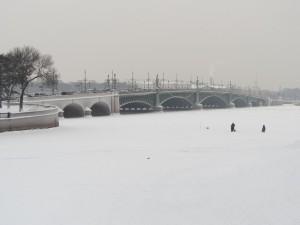 san-pietroburgo-neva-ghiacciata